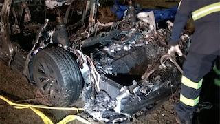L'auto si schianta e prende fuoco, Antonino muore a 16 anni tra le lamiere a Carini: ferito il fratello