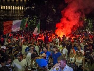 L'Italia campione d'Europa ha fatto aumentare i casi Covid. L'Iss conferma l'effetto Euro 2020