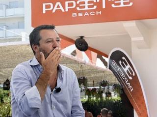 """Salvini contro gli alleati di governo dal Papeete: """"Conte odia Draghi, Letta gli fa da palo"""""""