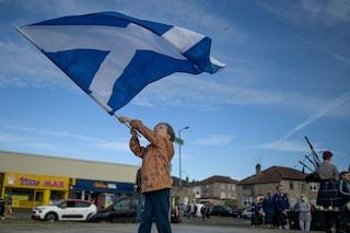 """La Scozia non segue l'Inghilterra. La premier: """"Il freedom day è insensato, rispettiamo le regole"""""""
