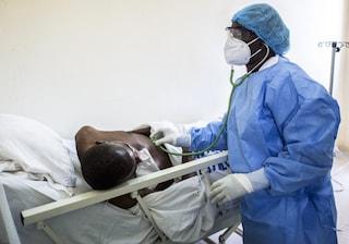 In Senegal non c'è più posto negli ospedali (e da noi c'è chi non si vuole vaccinare)