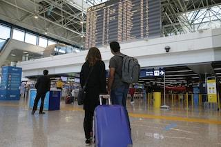 Multe alle compagnie aeree che chiedono costi extra per scelta del posto a tutori di minori e disabili