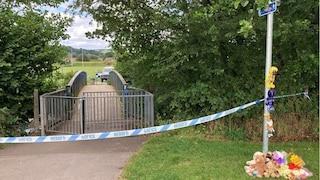Galles. Bimbo di 5 anni trovato morto in un fiume: arrestati un uomo, una donna e una ragazzina 13enne