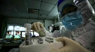 L'Oms ha approvato il primo vaccino al mondo contro la malaria: salverà la vita a migliaia di bimbi