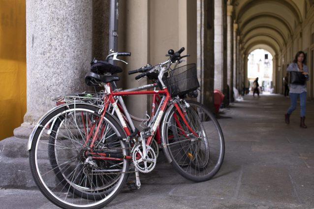Genova, ladro restituisce al proprietario la bicicletta appena rubata: e poi ne ruba un'altra