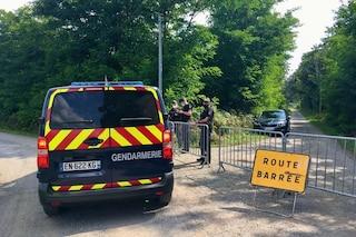 Orrore in Francia, scoperti i corpi di 3 neonati in un garage. I resti in un armadio chiuso a chiave