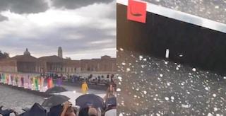 Grandine e nubifragio in Veneto: colpita la sfilata di Dolce&Gabbana, fuggi fuggi a Venezia