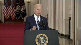 """Afghanistan, Biden: """"Un successo l'evacuazione"""". Al Qaeda si congratula con i talebani"""