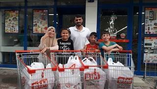 Assiste 175 famiglie di rifugiati, ora ha bisogno di aiuto: l'Odissea tra Siria e Turchia di Anas Mustafa