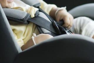 Padova, l'auto non si apre per un guasto alla portiera: neonato di 4 mesi resta intrappolato