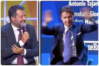 """Salvini: """"C'è maggioranza per rivedere il reddito di cittadinanza"""", Conte si sbraccia per smentirlo"""