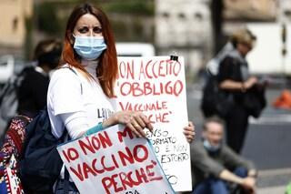 Le cure mediche gratuite sono di tutti, anche dei No Vax