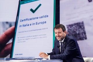 """Green Pass, metà dei deputati della Lega assenti al voto alla Camera. Salvini: """"Non è un regime"""""""