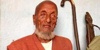 È morto l'uomo che diceva di essere il più vecchio del mondo: aveva 127 anni