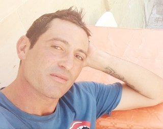 Lecce, operaio muore schiacciato dal crollo di un solaio durante i lavori: Fabio aveva 39 anni
