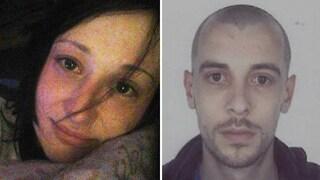 """I soccorsi arrivano dopo 3 giorni, coppia muore in auto, polizia: """"Guasto nel gestore delle chiamate"""""""