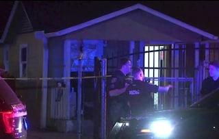Usa, uomo la guarda dalla finestra, donna prende fucile e gli spara uccidendolo: legittima difesa