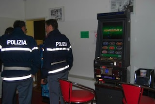 Grosseto, poliziotta ruba soldi delle multe e li gioca nelle sale bingo: dovrà risarcire 129 mila euro