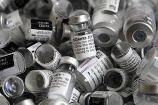 Contro le varianti del Covid arriverà nel 2022 una versione aggiornata del vaccino Pfizer-BioNtech