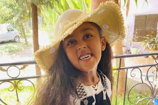 La cintura di sicurezza non è allacciata: bimba di 6 anni cade dalla giostra e muore