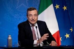 """Draghi: """"Ancora tante diseguaglianze nell'accesso ai vaccini, Italia donerà 45 milioni di dosi"""""""