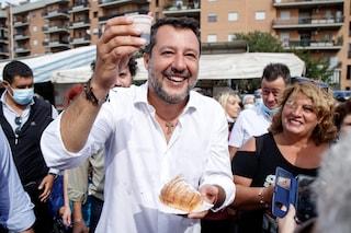 """Salvini ripete la fake news dei vaccini che creano le varianti: """"Lo dice Iss, lo dicono premi Nobel"""""""