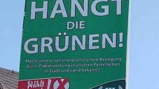 """""""Impicchiamo i Verdi"""": manifesti choc di un partito neonazista tedesco (che non vengono rimossi)"""