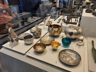 In mostra al Museo Etrusco il corredo dei principi Barberini e Bernardini: mancava da 8 anni
