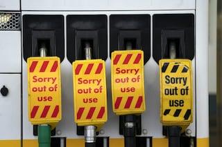 Perché il Regno Unito è rimasto senza benzina