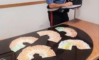 Ricatta l'ex amante e intasca 60mila euro, lui si rivolge ai carabinieri e scatta la trappola: arrestata