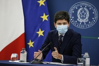 """Obbligo vaccinale, Speranza: """"Non ci precludiamo possibilità, Covid è ancora nemico insidioso"""""""