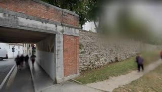 Treviso, passanti trovano in strada uomo agonizzante che muore poco dopo: mistero sulle cause
