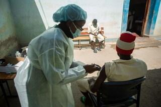 """""""In Africa muoiono di Covid, noi i vaccini li buttiamo: siamo responsabili di un genocidio"""""""
