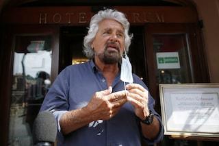 """Green Pass, Beppe Grillo chiede tamponi gratuiti per i lavoratori non vaccinati: """"Li paghi lo Stato"""""""