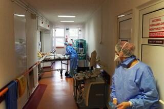 Disastro Covid in Romania e Bulgaria, peggiore ondata di sempre: finiti posti in terapia intensiva