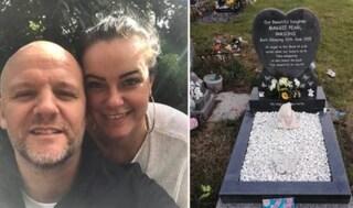 La tomba della figlioletta vandalizzata, piazzano telecamera e scoprono che era l'amico di famiglia