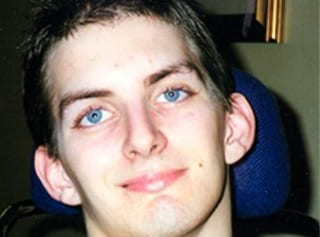 Invalido dopo un incidente stradale, Alberto muore a 42 anni dopo 25 di agonia