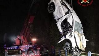 Cuneo, auto finisce nella scarpata: morti due ventenni, gravi altri due amici