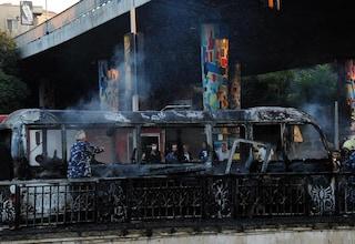 Damasco, bombe su un bus militare: almeno 14 morti