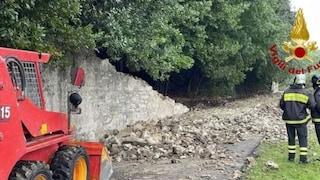Firenze, donna muore travolta dal crollo improvviso di un muro forse a causa del maltempo