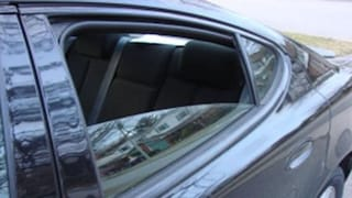 Usa, resta incastrata con la testa nel finestrino mentre gioca: morta una bimba di 2 anni