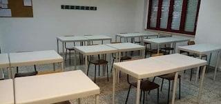 """Scuola, ritirati migliaia di banchi acquistati da Arcuri: """"Non sono a norma antincendio"""""""