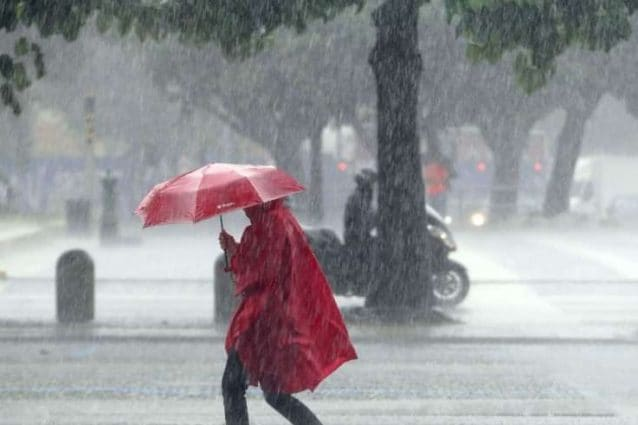 Previsioni meteo 23 ottobre: ciclone mediterraneo a Centro-Sud, rischio temporali su Calabria, Sicilia e Sardegna