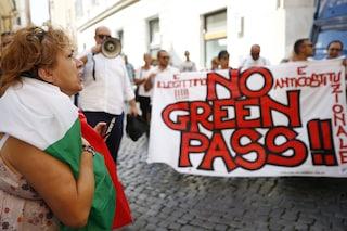 Quello che proprio non ha capito chi protesta contro il green pass obbligatorio