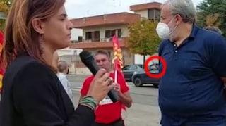 """Lecce, saluto romano e """"Faccetta nera"""" davanti alla CGIL: fermati due 24enni"""
