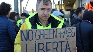 Il blocco del porto di Trieste: in 9.000 per dire no al green pass, poi tutti a casa
