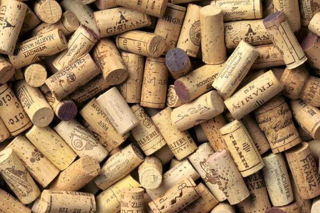 Idee Creative Con Tappi Di Sughero : Come riciclare i tappi del vino idee creative per riutilizzare