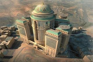 Ecco l'albergo più grande del mondo: benvenuti all'Abraj Kudai di La Mecca