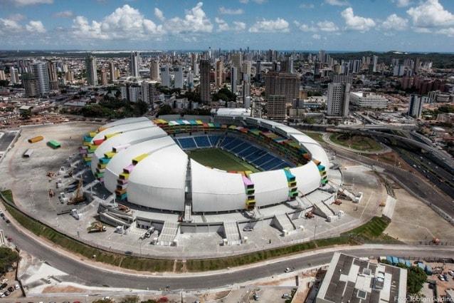 Il progetto degli architetti francesi Axel de Stampa e Sylvain Macaux per trasformare lo stadio di Natal, l'Arena das Dunas, in un rifugio per senzatetto
