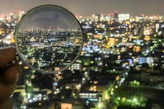 Tokyo vista dalla lente di ingrandimento